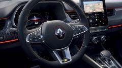 Crisi chip, Renault Arkana 2021 in vendita senza display digitale