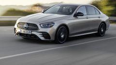 Crisi microchip: fermata produzione Mercedes Classe E