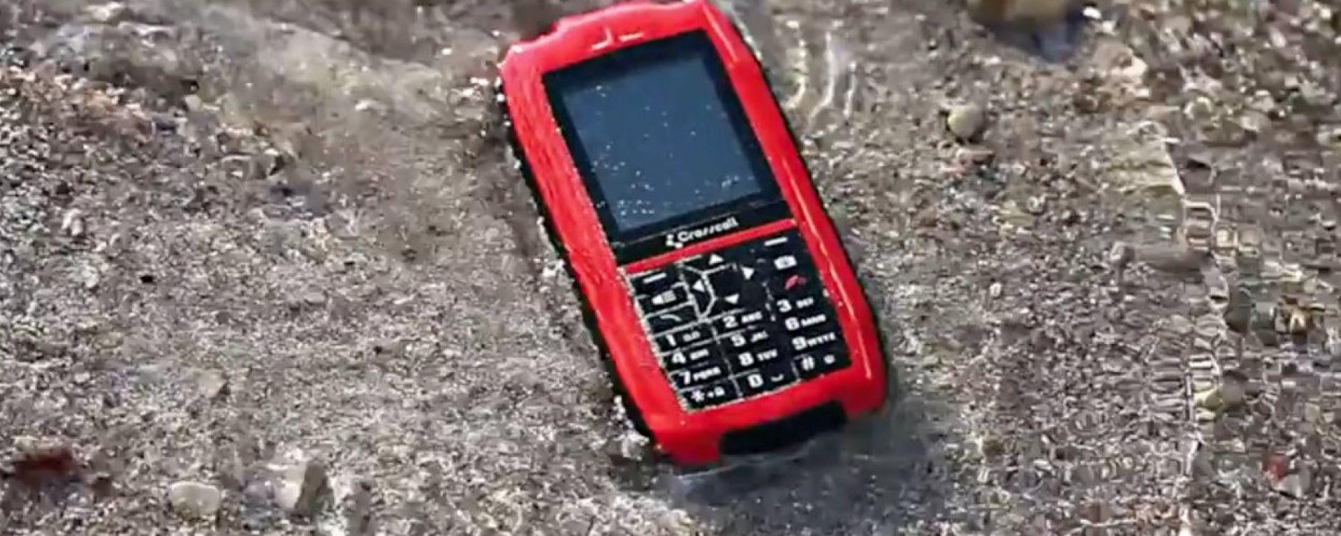 Crosscall Shark-V2: il telefonino galleggiante