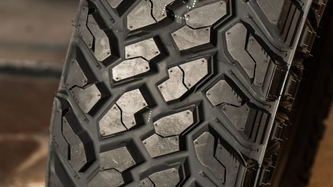 CST Tires Sahara M/T II
