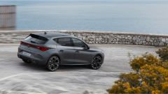 Nuova Cupra Leon: berlina o wagon, la sportiva è ibrida plug-in - Immagine: 3