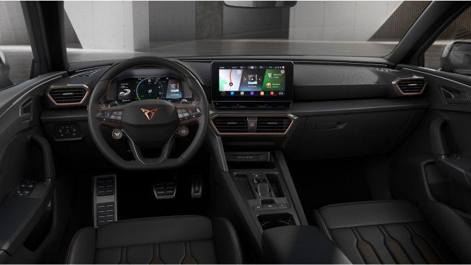 Cupra Leon e-Hybrid 204 CV: gli interni
