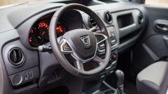 Dacia Dokker Pickup: l'abitacolo è quello del Dokker Van da cui deriva