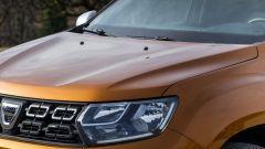 Dacia Duster 2018: il cofano ha due nette nervature