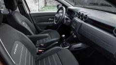 Dacia Duster 2019, i sedili anteriori