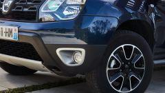 Dacia Duster EDC 110 dCi: dettaglio dello scudo anteriore