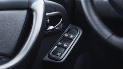 Dacia Duster EDC 110 dCi: i comandi degli alzacristalli elettrici