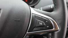 Dacia Duster GPL 2018: comandi al volante, razza destra