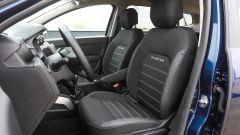Dacia Duster GPL 2018: i sedili anteriori