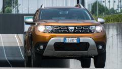 Dacia Duster GPL vista dinamica frontale