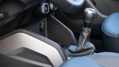 Dacia Duster, nel 2020 solo il cambio manuale