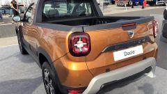 Dacia Duster Pickup by Romturingia: vista 3/4 posteriore