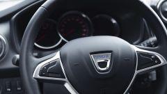 Dacia Sandero 1.0 SCe 75 CV: il nuovo volante soft touch