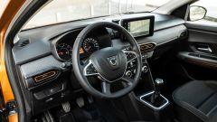 Dacia Sandero Comfort GPL: il posto di guida