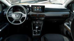 Dacia Sandero Comfort GPL: l'abitacolo