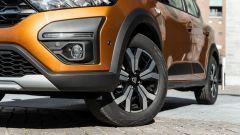 Dacia Sandero Comfort GPL: riuscite le finiture simil SUV