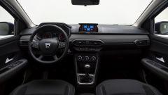 Dacia Sandero, gli interni del modello Essential