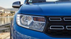 Dacia Sandero Stepway 2017: nuovi i fanali con luci diurne a led