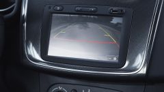 Dacia Sandero Stepway 2017: tra gli accessori c'è anche la telecamera di parcheggio