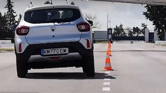 Dacia Spring al test dell'alce: prova superata