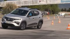 E Dacia Spring? Al test dell'alce meglio di altre EV? Il video - Immagine: 4