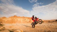 Dakar Moto 2021, tappa 5: Benavides vince ed è leader