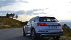 Dal canto suo, Audi Q% risponde con le Dynamic Lights