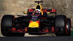 Daniel Ricciardo in azione con la RB13