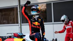Daniel Ricciardo vince a Baku 2017