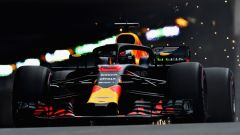 F1 2018, GP Monaco, FP1: Daniel Ricciardo svetta con la Red Bull, Vettel quarto con la Ferrari