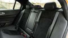 Day by Day Alfa Romeo Giulia Quadrifoglio: il divanetto posteriore