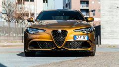 Day by Day Alfa Romeo Giulia Quadrifoglio: vista anteriore