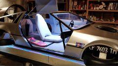DeLorean volante: interni