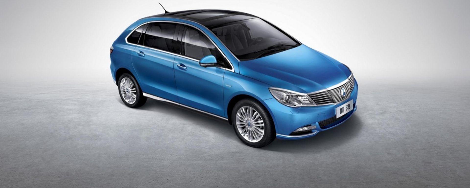 Denza 400 Ev: 400 km di autonomia per l'elettrica nata dalla joint venture formata da Daimler e BYD