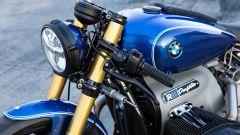 Dettagli della zona anteriore della BMW R 18 Dragster by Roland Sands