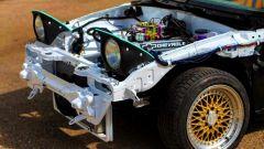 Dettaglio del motore Chevrolet V8 montato nella Mazda Miata