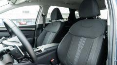 Diesel contro tutti: i sedili anteriori della Hyundai Tucson Hybrid