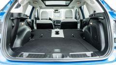 Diesel contro tutti: il vano bagagli della Jeep Compass 4Xe