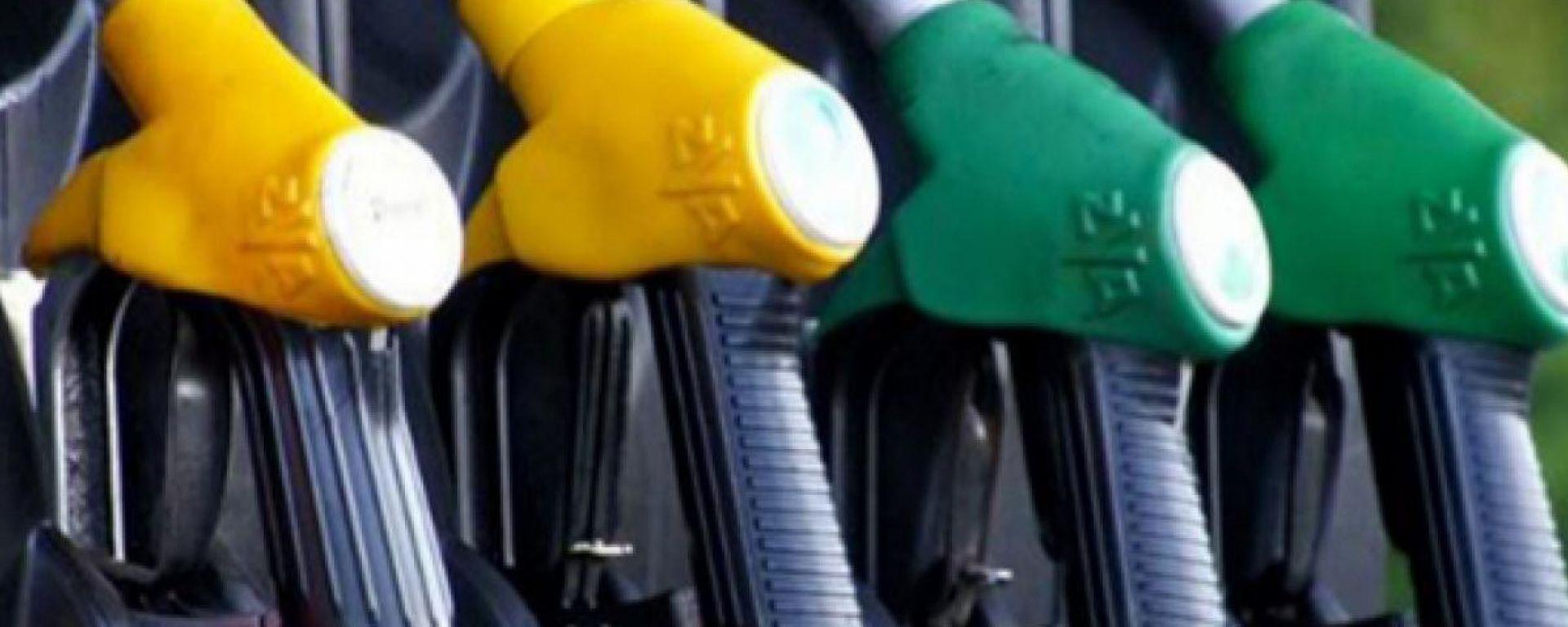 Diesel e benzina, il Coronavirus farà scendere i prezzi?