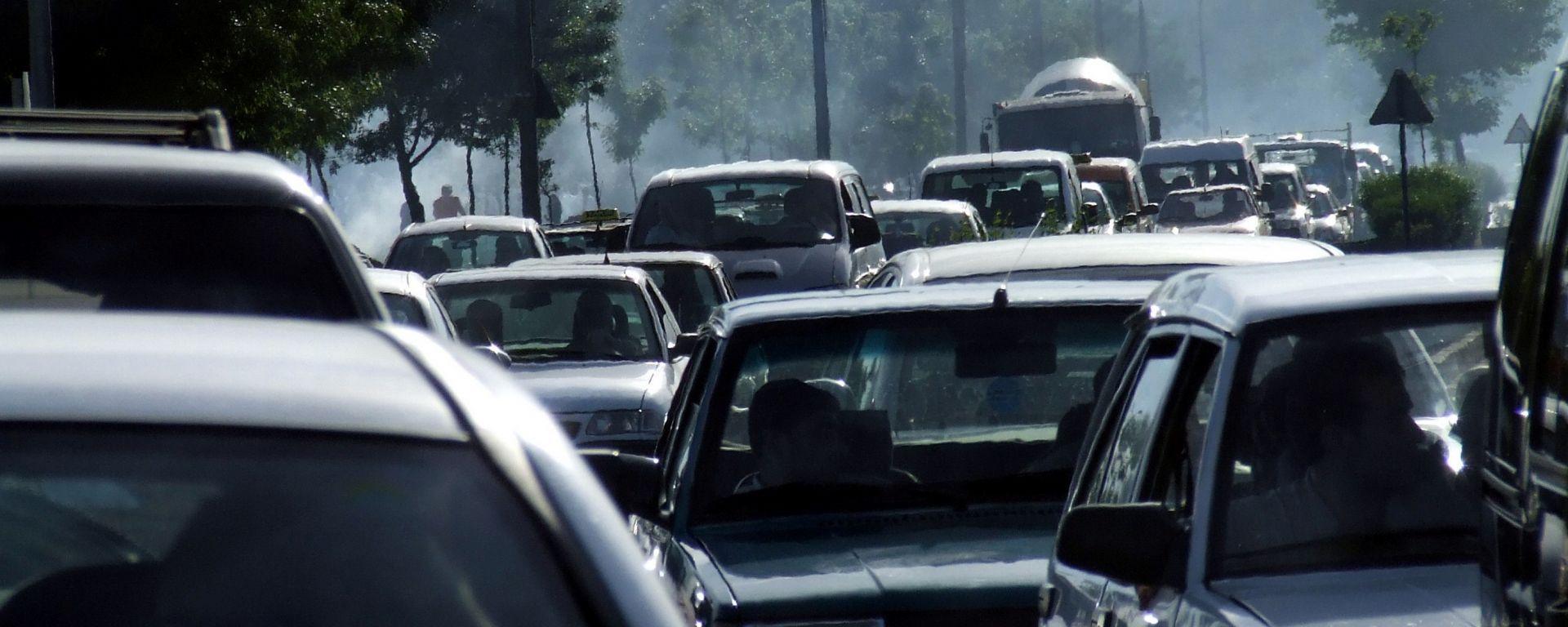 Diesel: la lotta continua. Banditi da Milano entro il 2025