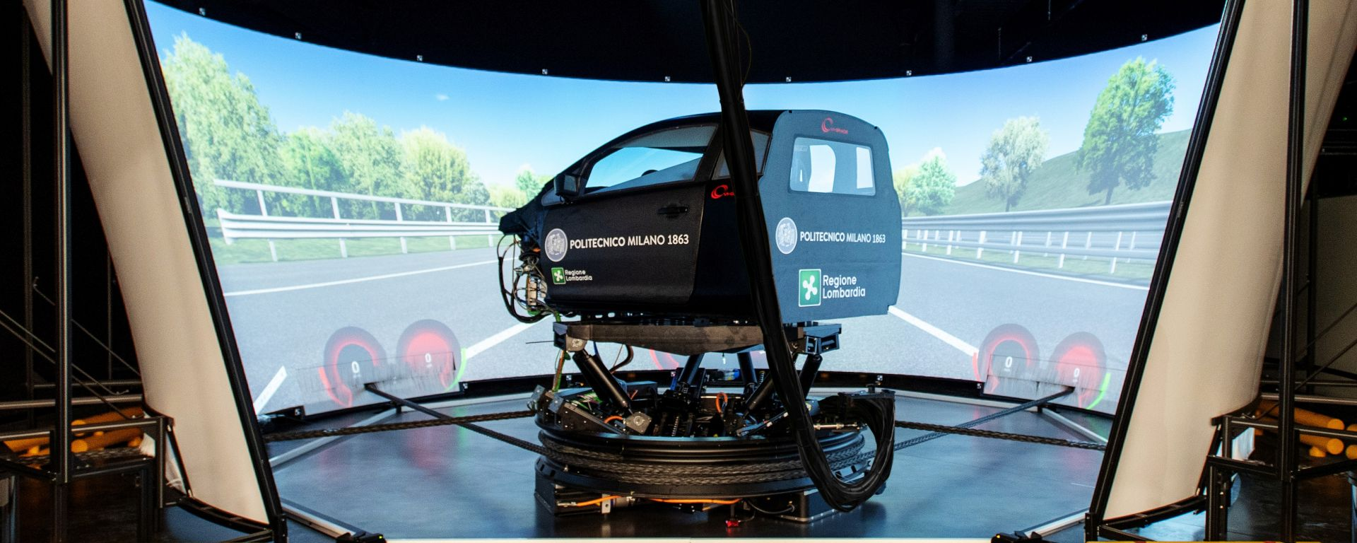DiM400, il simulatore di guida del Politecnico di Milano