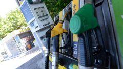 Distributori di benzina, uno su 5 è irregolare. Le frodi più comuni