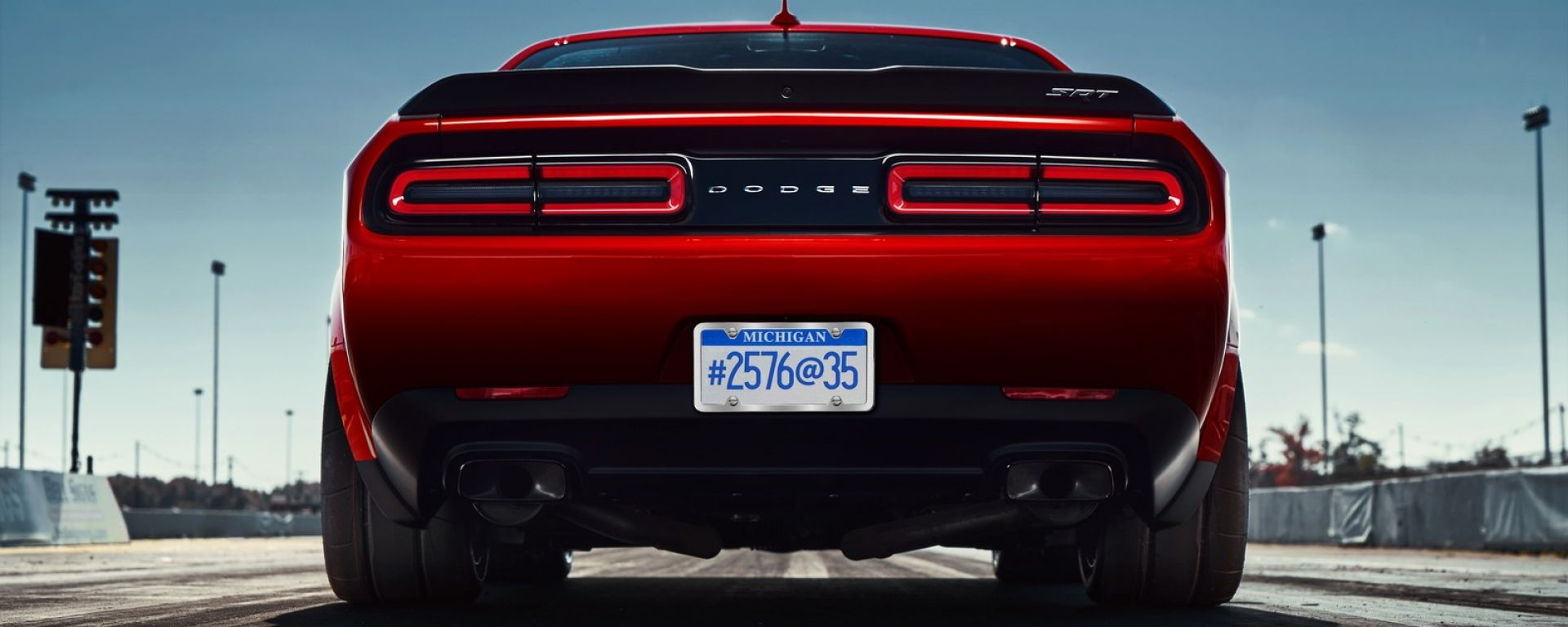 Dodge Challenger SRT Demon: un quarto di miglio alla volta [VIDEO]