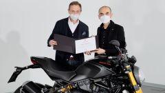 Domenicali e il Ducatisti De Rose con il Monster 1200 S Black on Black n°350.000