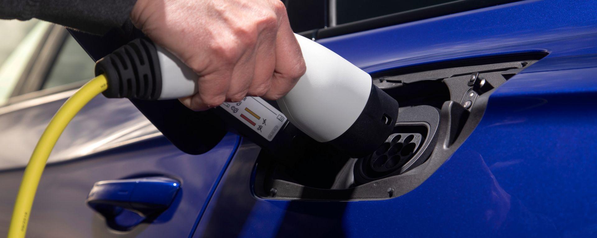 Dopo la Touareg R è in arrivo una nuova plug-in hybrid: la Volkswagen Touareg GTE 2021