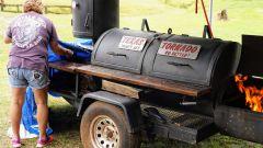Dopo una giornata intensa al Colin Edwards' Texas Tornado Boot Camp, è tempo di grigliata