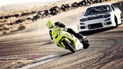 Drifting: moto sfida auto - Immagine: 1