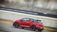DS 3 Performance: la piccola peste francese in pista - Immagine: 11