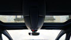 DS 5 Hybrid4: doppi vetri laterali, optional anche per l'allestimento più ricco So Chic