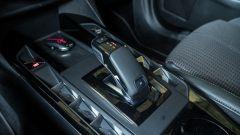 DS3 Crossback 1.2 Puretech 155 CV Performance Line: la leva del cambio automatico EAT8